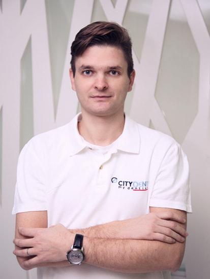 Dr. Dan Caminescu